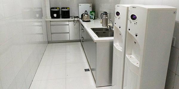 苏州日立电线牵手浩泽直饮水机