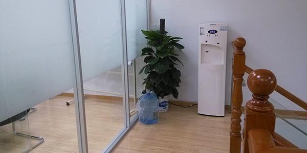 上元教育集团采用直饮水系统