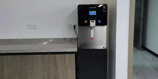 绿点科技 (苏州)VS浩泽直饮净水器